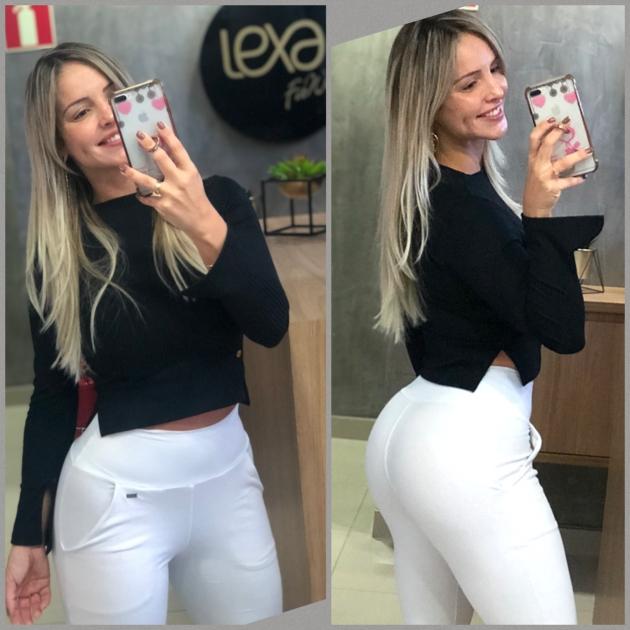 Blusa Fernanda Canelada Preta