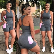 Shorts Lívia Mescla Detalhe Rosa Chiclete
